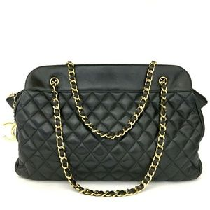 100% Auth CHANEL Lambskin Quilted Matelasse Tote
